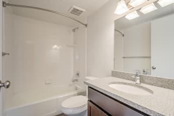 Bathroom, Moda Windsor, 2
