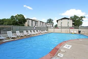 Pool, Vivion Oaks, 0