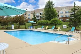 Pool, Riverwood Apartments Kenosha, 1
