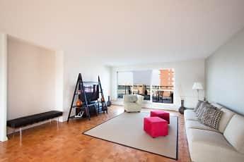 Living Room, The Longwood, 1
