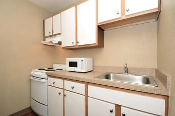 Kitchen, Furnished Studio - Cleveland - Middleburg Heights, 1