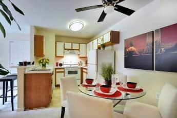 Kitchen, Emerald Woods, 0