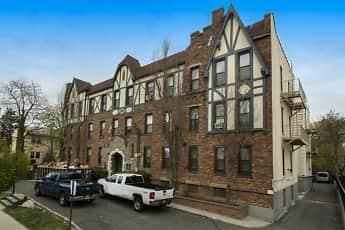 Building, Fairfield Estates At Lynbrook Village, 0