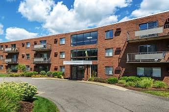 Building, Westpointe Apartments, 0
