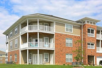 Building, Oak Grove Crossing Luxury Apartment Homes, 0