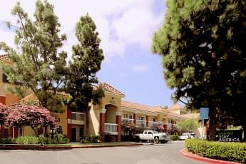 Building, Furnished Studio - Los Angeles - LAX Airport - El Segundo, 1