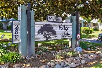 Building, Valley Oaks, 0