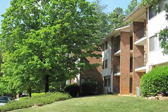 Landscaping, Chatham Forest Apartments & Townhomes, 0