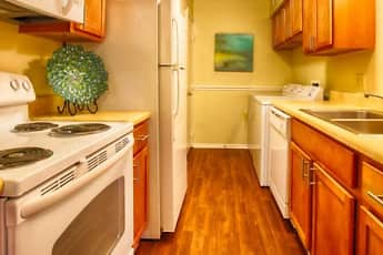 Kitchen, The Groves, 2