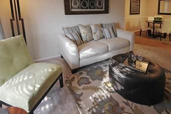 Living Room, Diamond Lakes Apartment Homes, 1
