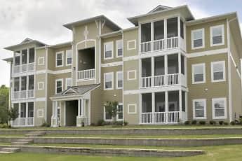 Building, Thomaston Crossing Apartment Homes, 0