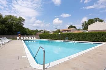 Pool, Wakefield Manor, 0