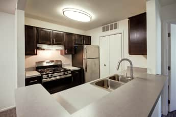 Kitchen, Willow Ridge Apartments, 1