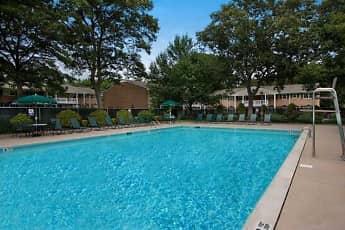 Pool, Fairfield at Selden, 0