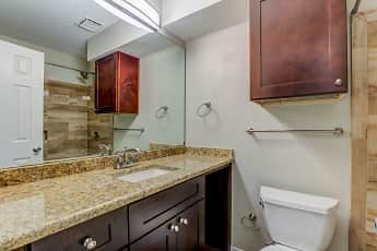 Bathroom, Parkwood Plaza, 2