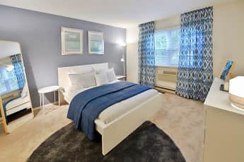 Bedroom, Kingswood Apartments & Townhomes, 0