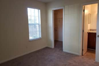 Bedroom, Greenbrier Apartments, 2