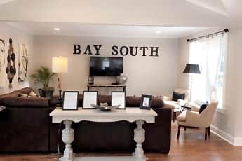 Bay South, 2
