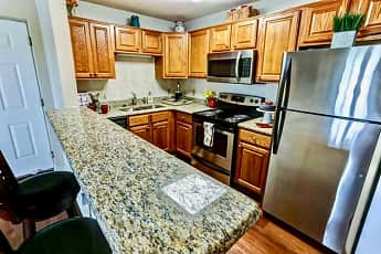 Kitchen, Windsong Place Apartments, 0