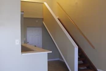 Pottsville Apartments, 1
