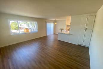 Living Room, 348 East Hillsdale Apartments, 2