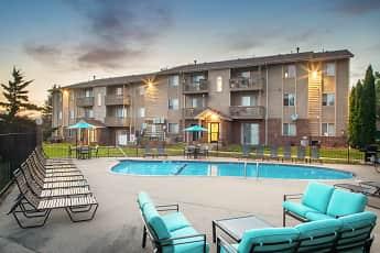 Pool, Glen Oaks by Broadmoor, 1