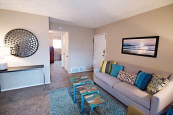 Living Room, Britain Towne, 1
