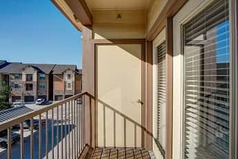 Patio / Deck, Highpointe Park Apartments, 2