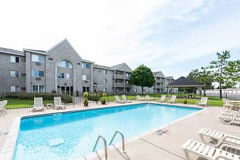 Pool, Wedgewood Park Apartments, 0