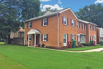 Building, Lakeview Terrace Apartments, 2
