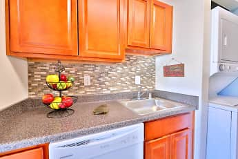 Kitchen, Briarwood Place Apartment Homes, 0