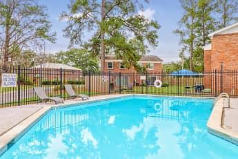 Pool, Savan Pointe, 1