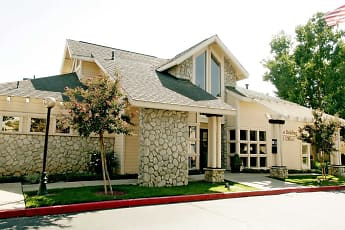 Leasing Office, Crown Ridge Apartments, 2