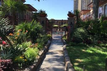 Galleria Oaks Apartments, 0