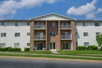 Building, Saylor Park Apartments, 1
