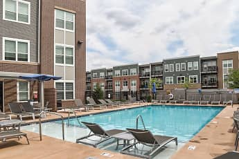 Pool, Heritage at Oakley Square, 1