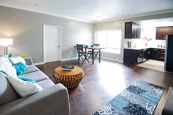 Golden Oaks Apartments, 0