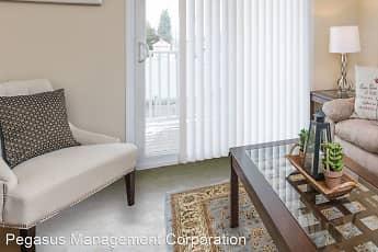Living Room, Olde Hampton Village, 0