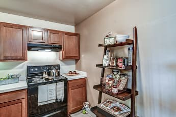 Kitchen, Avalon Place Apartments and Townhomes, 0