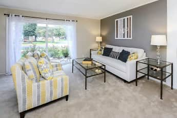Oxford Manor Apartments & Townhomes, 0
