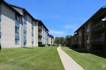 Building, Carleton East, 2