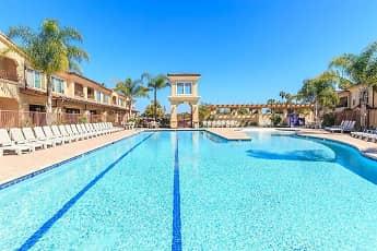 Pool, La Jolla Del Rey Senior Community 55+, 2