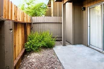 Patio / Deck, Northwood, 2