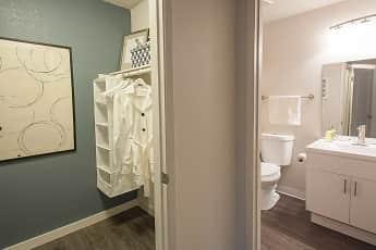 Bathroom, City Park Apartments, 2