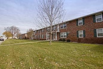Building, Roland Lane Apartments, 0