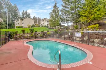 Pool, Griffin Glen II Apartments, 0