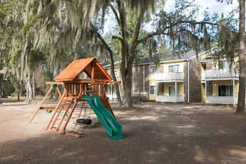 Playground, Oak Tree Village, 2