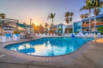 Pool, Beverly Plaza Apartments, 1