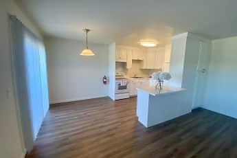348 East Hillsdale Apartments, 1