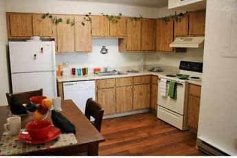 Kitchen, Highland Woods, 0